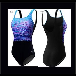 TYR swimsuit. Retail 80.00 NWT Black size 14